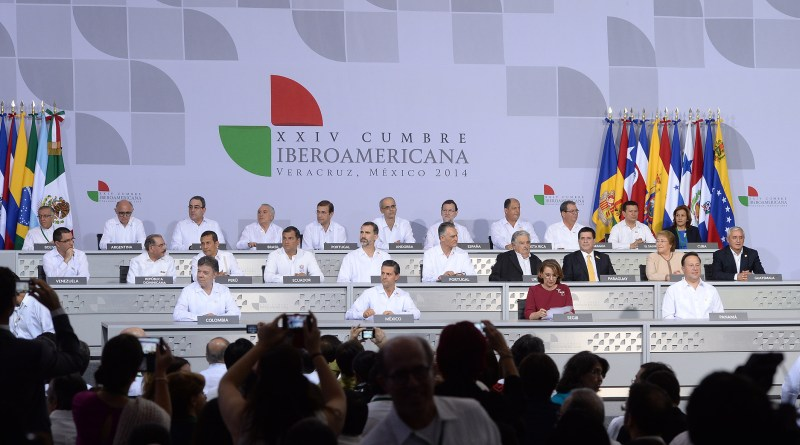 Presidenta_de_la_República_asistió_a_la_inauguración_de_la_XXIV_Cumbre_Iberoamerican_(15368470204)