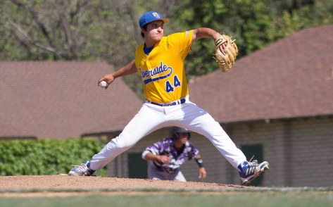 Angel Landazuri throws a fastball. (Photo: Mark Alexander)