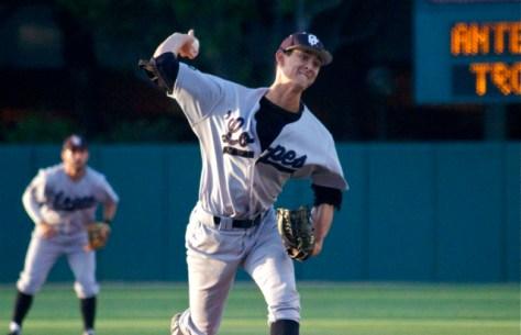 Kyle Detwiler pitched two innings. (Photo: Shotgun Spratling)