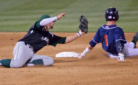 Austin Wobrock dives to try to tag Taylor Bryant. (Photo: Shotgun Spratling)