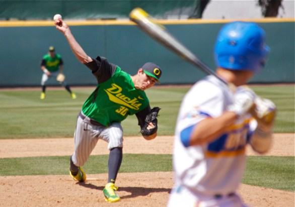 Stephen Nogosek pitched 3.1 scoreless innings of relief. (Photo: Shotgun Spratling)