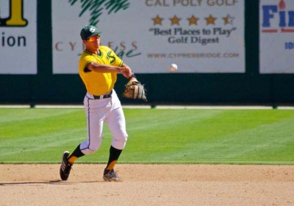 Brandon Hunley throws to first. (Photo: Shotgun Spratling)