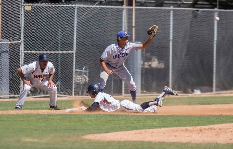 Hutton Moyer dives in with a triple. (Photo: Mark Alexander)