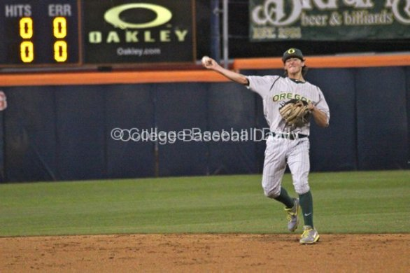Aaron Payne throws to first.