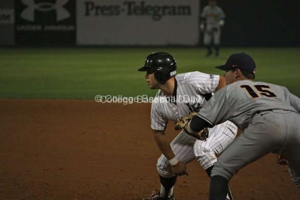 Ino Patron leads off first base.