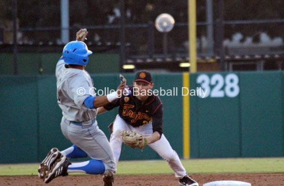 Blake Lacey applies the tag on Kevin Williams.
