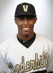 Vanderbilt wins Game 1 over UNC 7-3