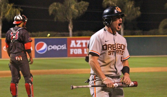 CBD Photo Gallery: Oregon State Wins Nailbiter at San Diego State