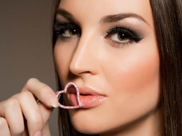 Cejas perfectas con maquillaje
