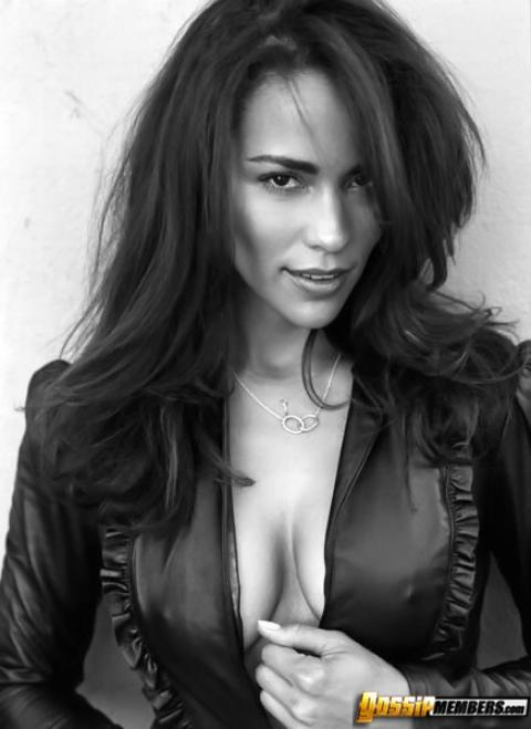 Paula Patton Nude Sexy Scene Boobs Leather Mature Milf Doll