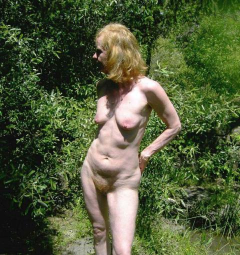 Chaya Exhibicionist Naturist Nudist Outdoors Flashing Public