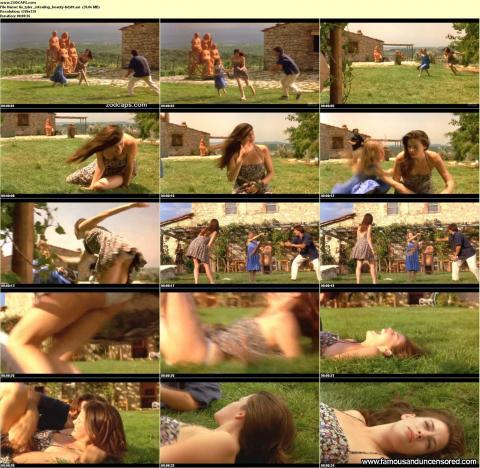 Liv Tyler Nude Sexy Scene Stealing Beauty Upskirt Summer Hd