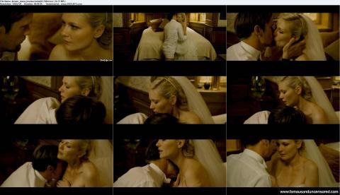 Kirsten Dunst Nude Sexy Scene Melancholia Wedding Kissing Hd