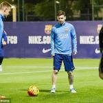 Messi Returns To Barcelona Training Ahead Of El Clasico
