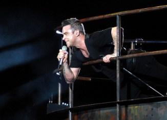 The Days - Robbie Williams feat. Avicii (testo, traduzione e video)