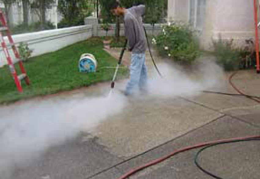 A few important concrete cleaning tips for Pressure washer cement cleaner