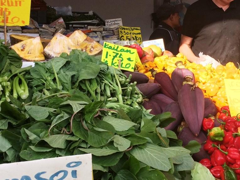 Ontong atau jantun pisang di Haagse Markt