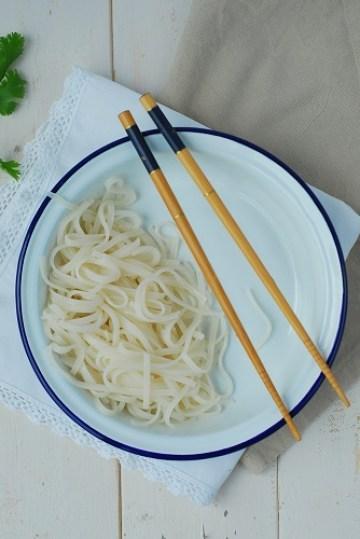 La recette du bo bun cette salade vietnamienne colorée - http://www.confitbanane.com/