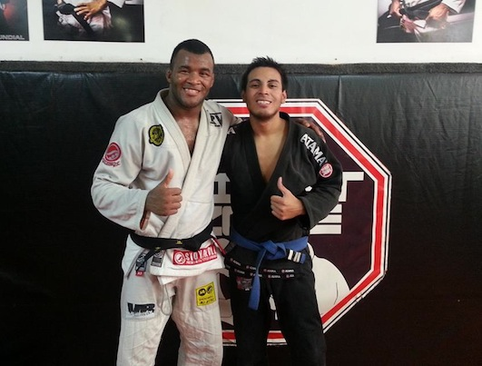 Conection Rio sponsored grappler David Garcia with Jackson Souza