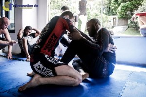 Training no gi at the Connection Rio house