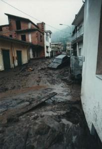 Foto delle frane 1998 presenti nell'archivio di Rinascere (associazione delle vittime delle frane del 5 maggio 1998)