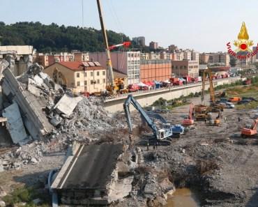 Crollo ponte Morandi A10 - vista cantiere dall'autoscala