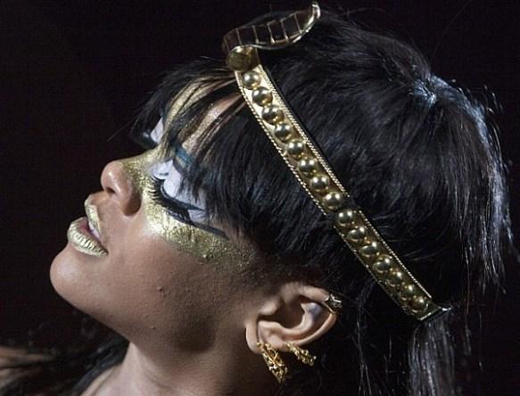 Rihanna Serpent