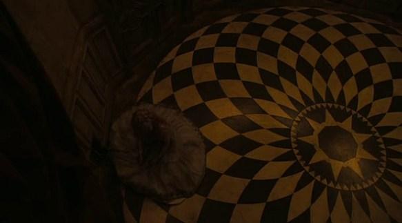 Alice Checkered Floor
