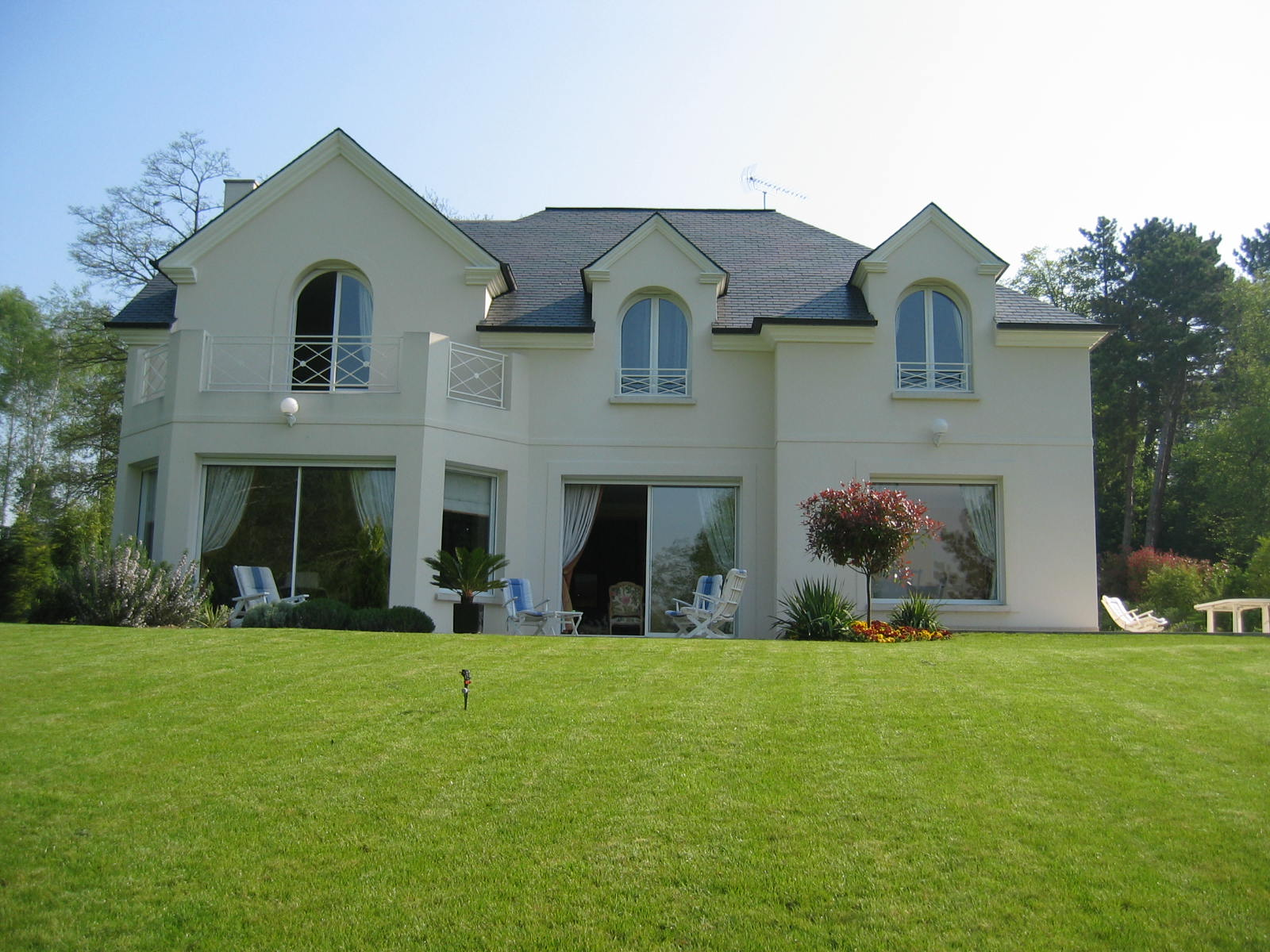 So villas constructeurs de france for Villa constructeur