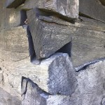 Cum se montează stalpii din lemn la terase?