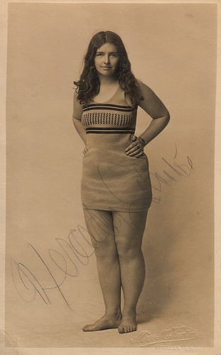 Mercedes Gleitze, publicity photo, ca.1926.