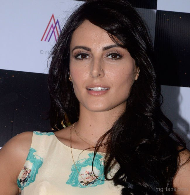Mandana Karimi Biography, Wiki Detail, Age, Height, Personal Life