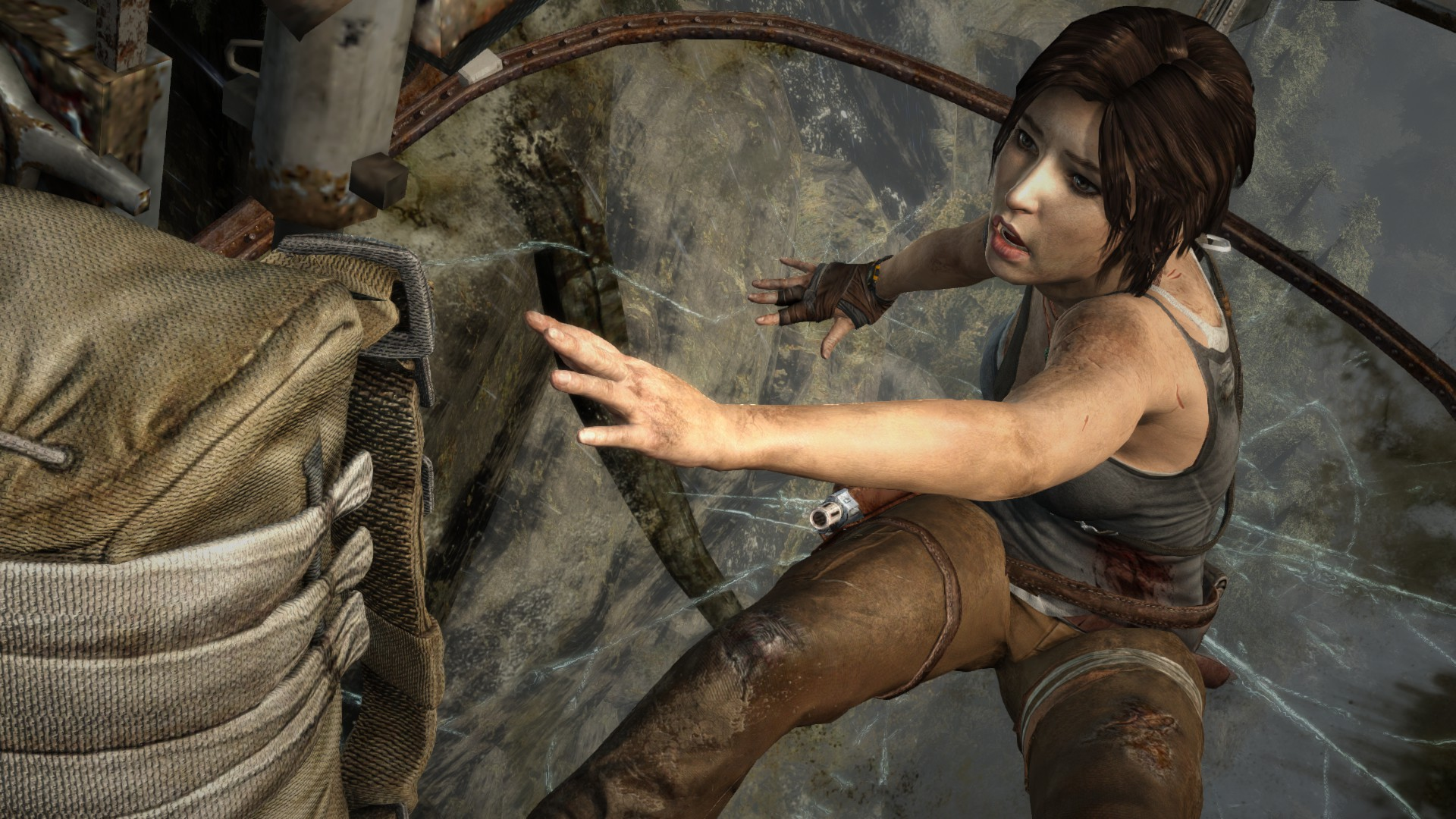Pirates Get To Play Tomb Raider First