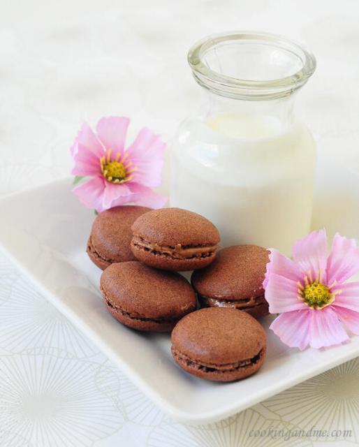 french chocolate macarons recipe