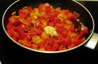 red capsicum chutney-red bell pepper chutney-3