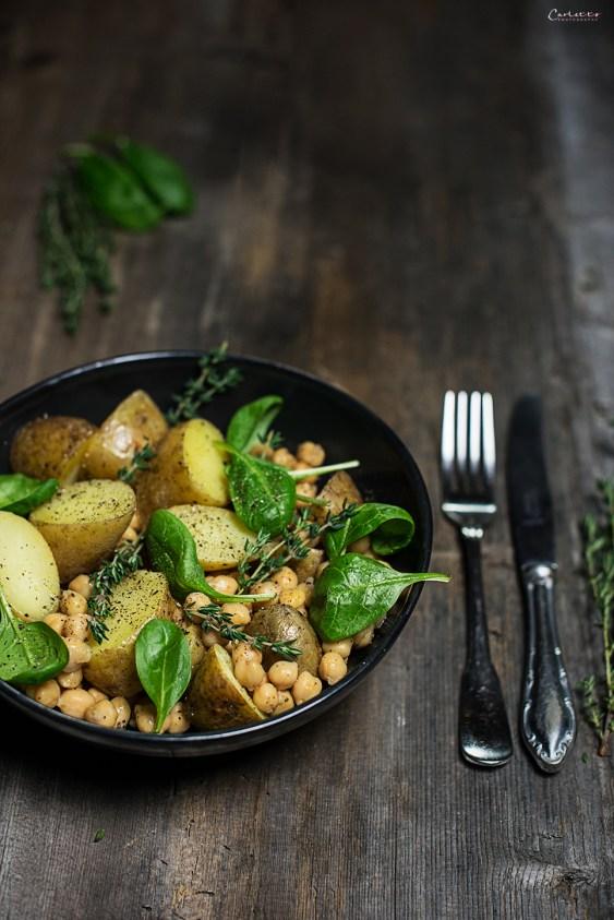 Kichererbsen Salat mit Thymian Dresssing