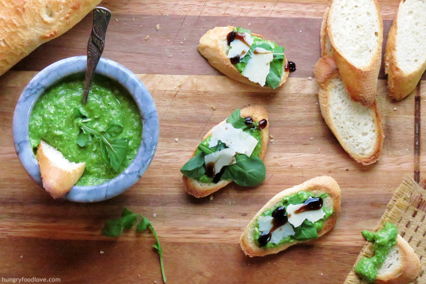 Arugula and Fava Bean Pesto Crostini_1