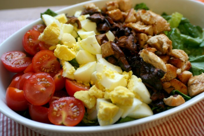 Harvest Cobb Salad5