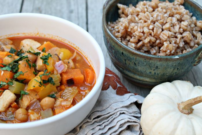 Quick dinner idea: One Pot Chicken, Chickpea, and Curry Soup