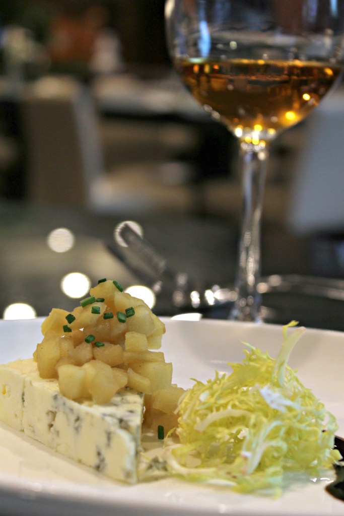 Paired Great Hill Bleu Cheese with Apple Brandy Compote, paired with Neige Apple Ice Wine