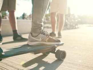 starkboard-elektrisches-skateboard-ohne-fernbedienung-2