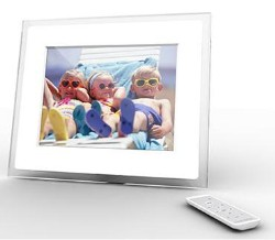 Momento - Digital Photo Frame By i-Mate