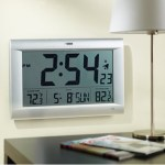 Giant Display Atomic Wall Clock ensures you know what time it is always