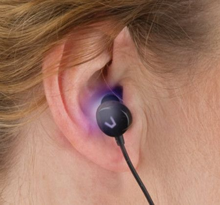 light-therapy-earbuds