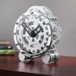 Tabletop Gear Clock shows how time can be really complex