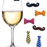 These Mustache and Tie Wine Charms make Christmas parties 100% better