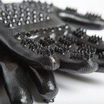 The HandsOn Grooming Gloves tackle Spring shedding