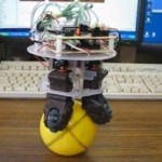 Desktop Ballbot can keep its balance