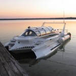 Marion Hyper-sub powerboat
