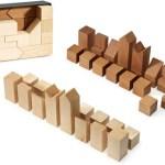 MoMA presents a minimalist Chess set